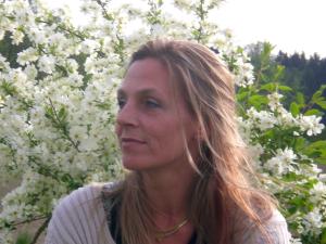 Claudia Stury